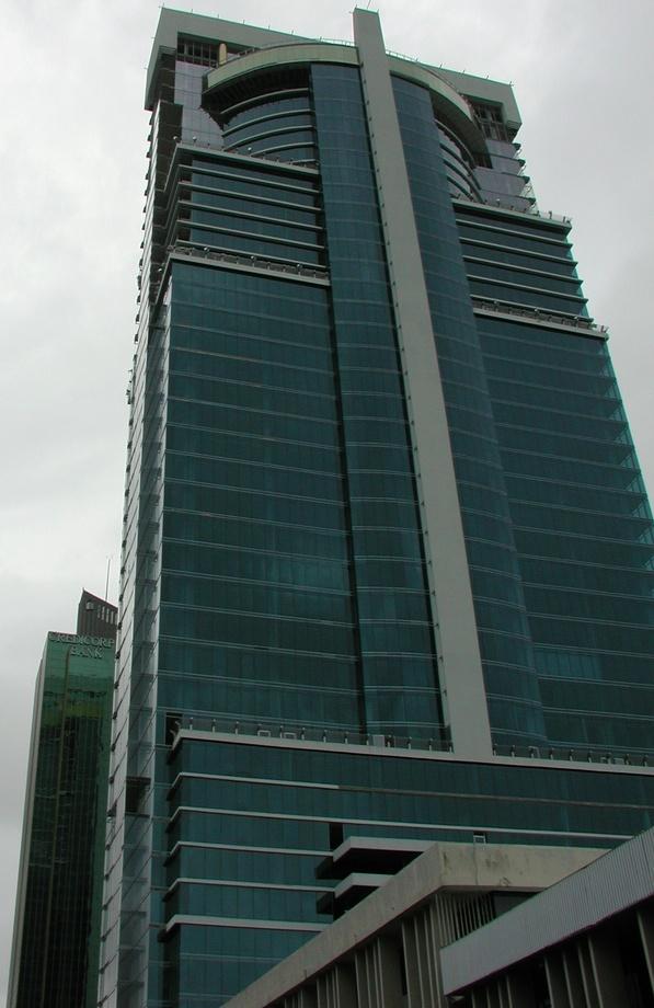 Глобал Тауэр банк-Панама 176м
