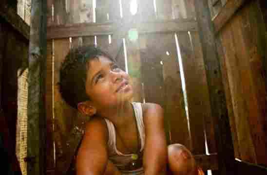 Ayush Mahesh Khedekar - Slumdog Millionaire