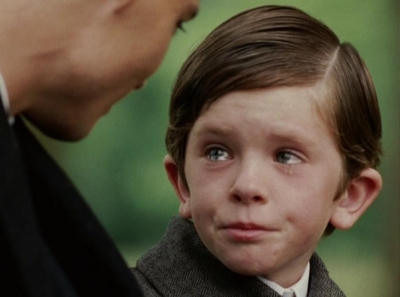 Freddie Highmore - Discovering Never Ever