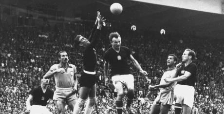 1954: Brasil 2 - 4 Hungría