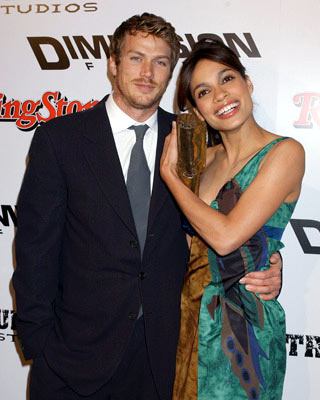 Rosario Dawson and Jason Lewis