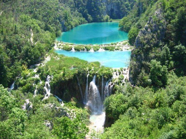 Os incríveis lagos de Plitvice