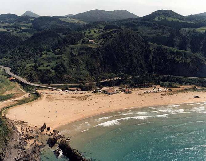 Laga Strand von Ibarrangelu (Vizcaya)