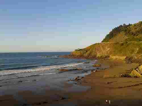 Lapari de Deva beach (Guipuzkoa)