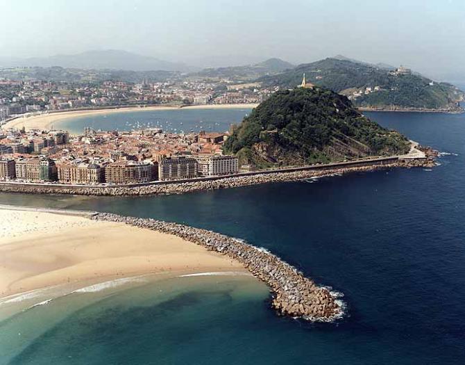 Praia La Concha de Donostia (Guipúscoa)