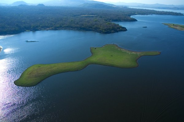 Озеро Гуйя (Сальвадор-Гватемала)