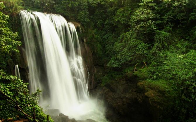 Водопад Пулхапанзак (Гондурас)