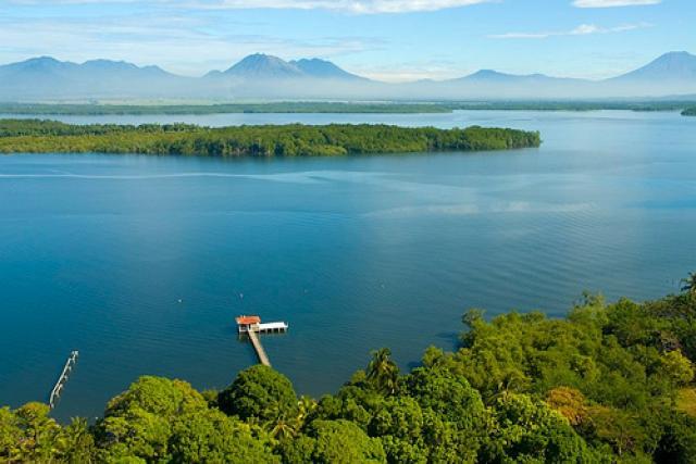 Baía de Jiquilisco (El Salvador)