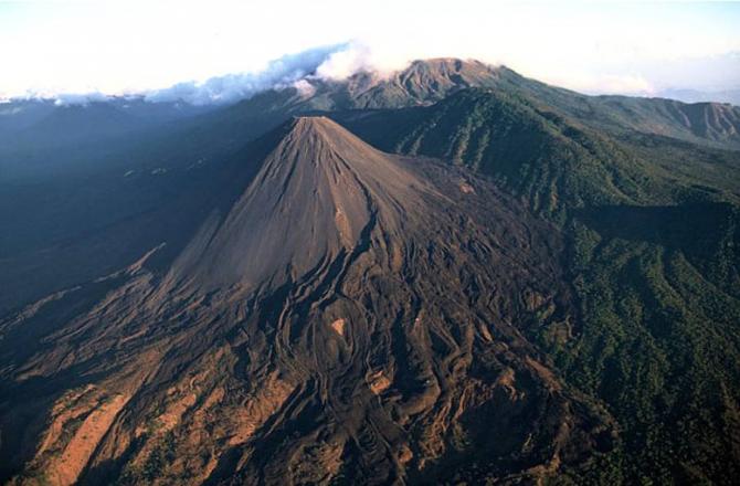 Los Volcanes National Park (El Salvador)