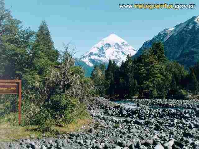 Volcano Lanin (ARGENTINA)