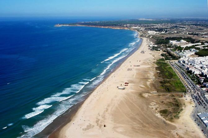 Пляж Бателес в Кониль-де-ла-Фронтера (Кадис)
