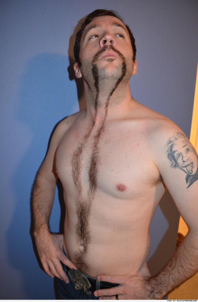 Lång mustasch