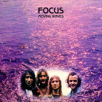 Focus-Moving Waves