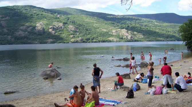 Freshwater beaches in Spain