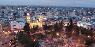 Сантьяго-дель-Эстеро: 235,412 HAB.