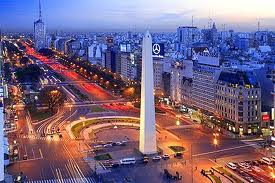 BUENOS AIRES: 13,738,664 HAB.