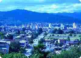 SAN SALVADOR DE JUJUY: 236,662 HAB.
