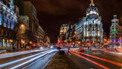 20 španělských měst, která si zaslouží noční návštěvu