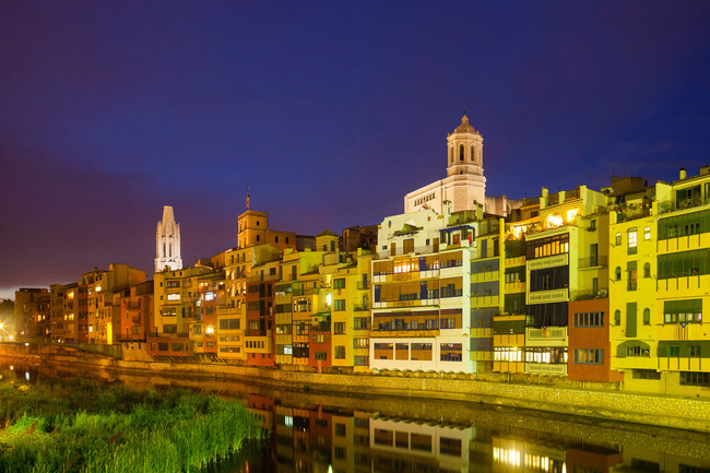 Girona: orașul culorilor