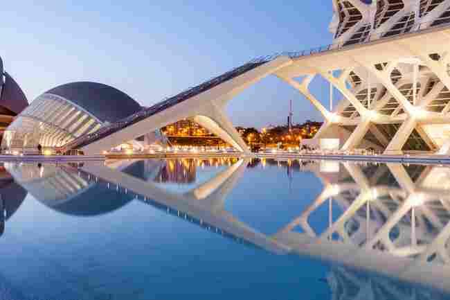 Valencia: tiene de todo para ofrecerte