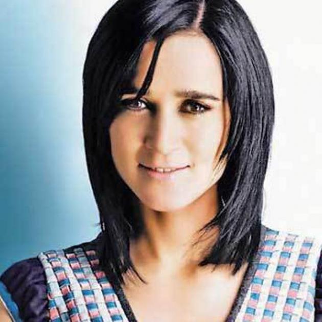 Julieta Venegas .