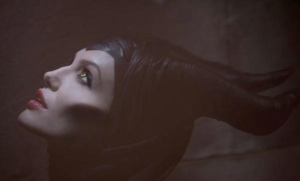 Malévola (2014)