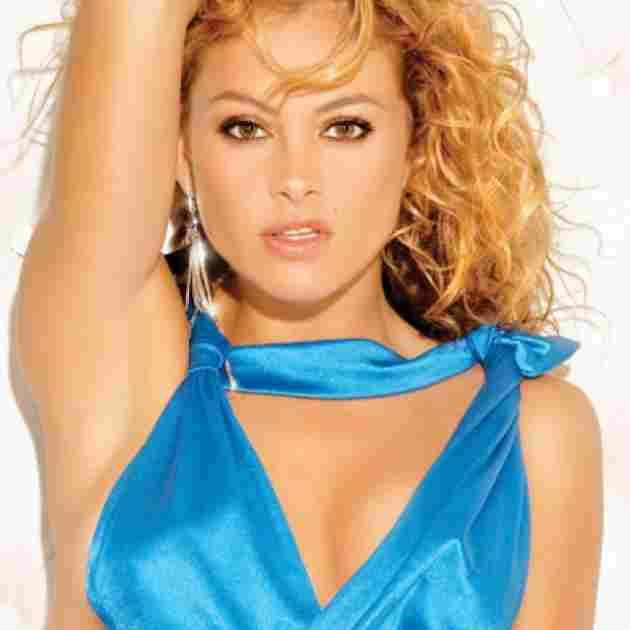 Paulina Rubio .