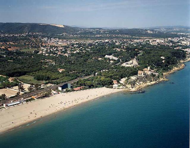 Plaja din Punta de la Guineu / Roc de Sant Gaietà de Roda de Bara (Tarragona)