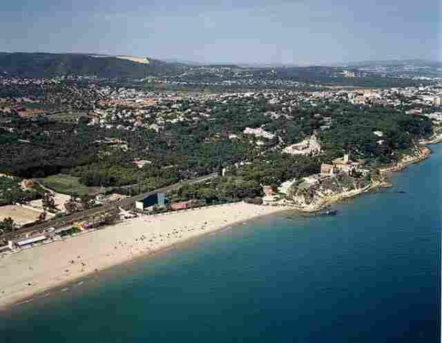 Praia de Punta de la Guineu / Roc de Sant Gaieta de Roda de Bara (Tarragona)