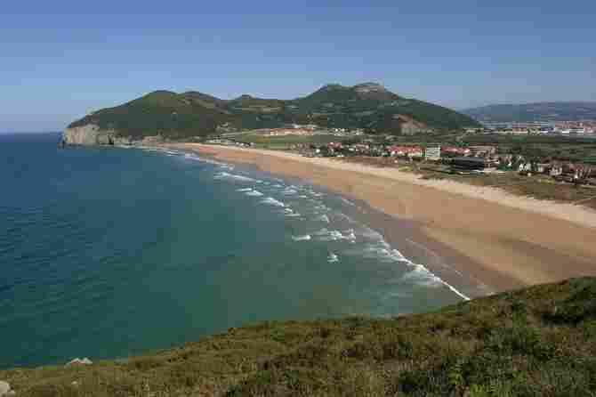 Berria Beach (Santoña)