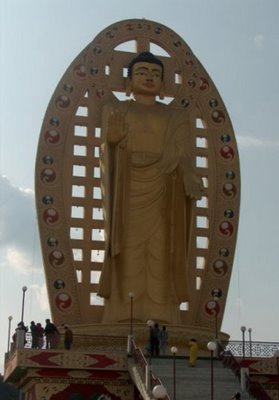 Buda Mindroling Monasterio de Dehradun, estado de Uttarakhand