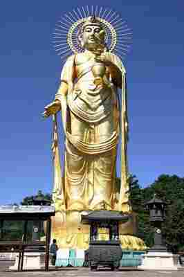 Kannon Bodhisattva din Tazawako, Prefectura Akita