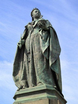 Patung Queen Victoria