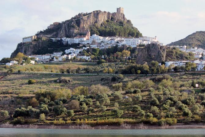 Zahara de la Sierra (Sierra de Cadix)