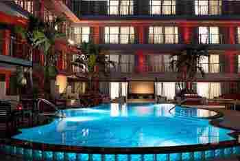 Victor Hotel.