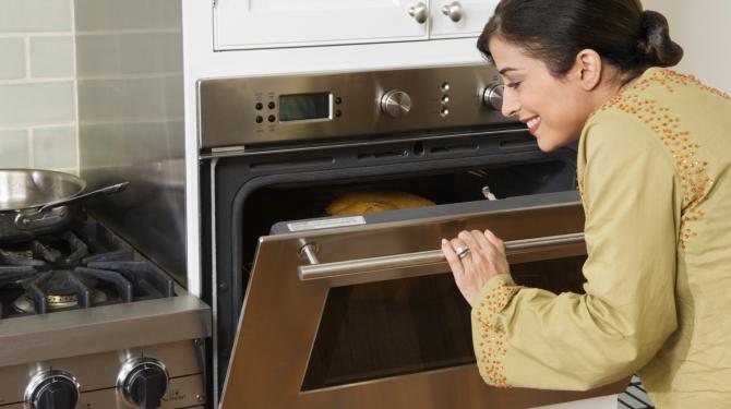 Dicas para economizar energia com o forno
