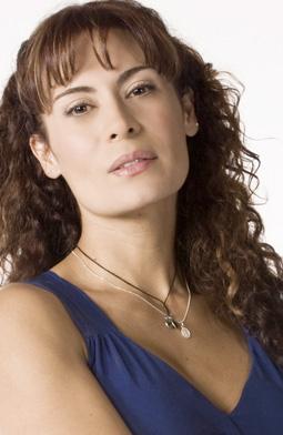Кэтрин Велес