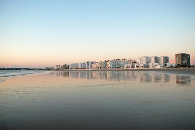 Valdelagrana Beach