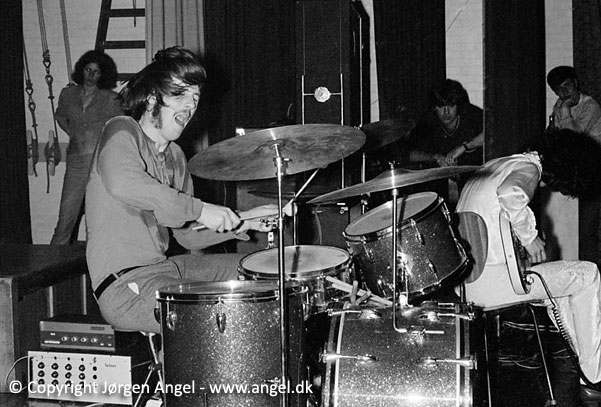 Джон Бонэм (Led Zeppelin)