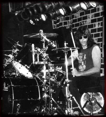 Марки Рамоне (Ramones)