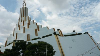 Kuil-kuil moden yang paling indah