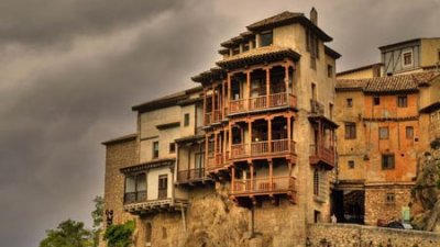 The best hanging houses in Spain