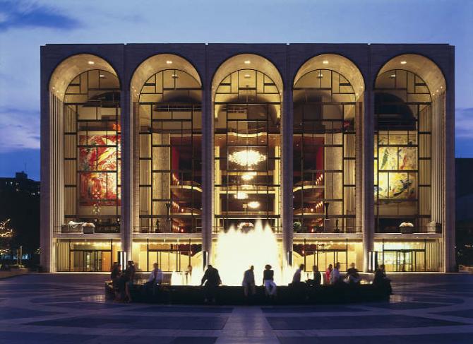 Метрополитен-оперный театр - Нью-Йорк (США)