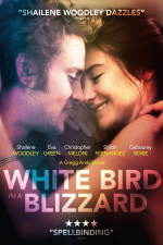 Pájaro blanco de la tormenta de nieve