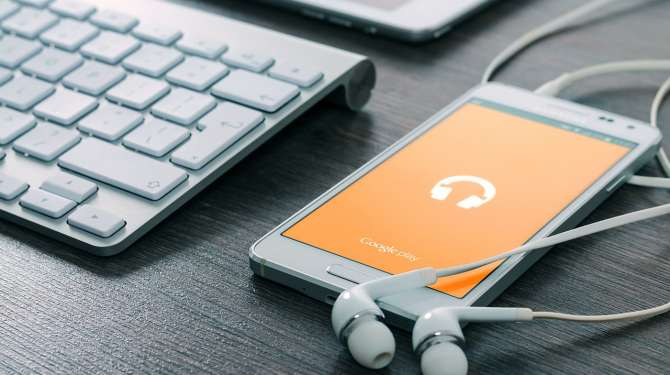 The best online music players