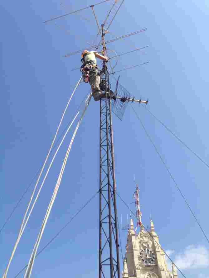 Tècnic d'antenes