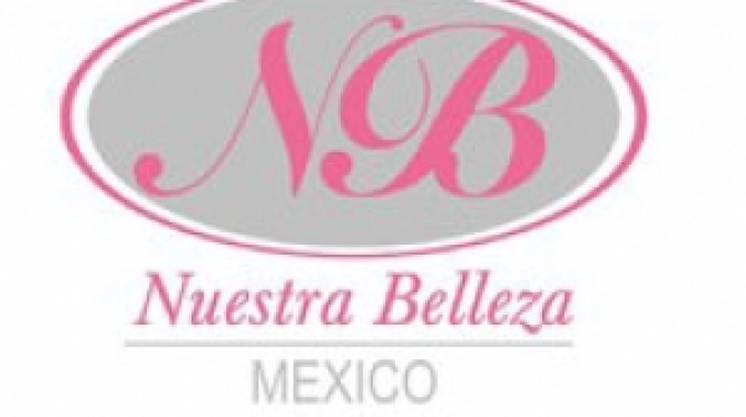 Typical costumes of the Miss Mexico