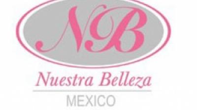 Typische Kostüme der Miss Mexico