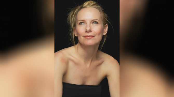 Best Amy Ryan movies
