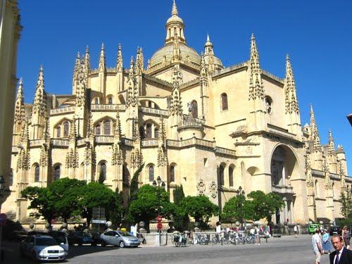 Собор Санта-Мария-де-Сеговия